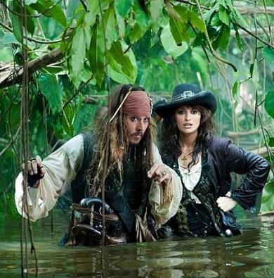 https://nowepogloski.files.wordpress.com/2010/12/pirates-of-caribbean-on-stranger-tides2.jpg